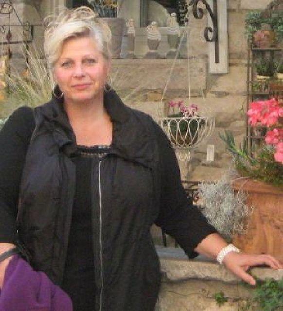 BigSoul - Ältere Frau (über 50 ;-)  sucht Mann!