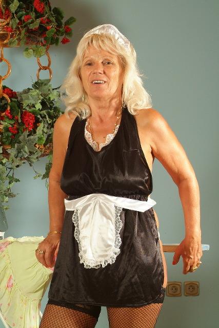Theresa - Witwe - nach jahrelanger Trauer wieder auf dem Markt!
