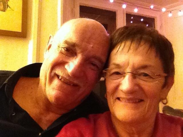 ReichesPaar - Älteres Paar sucht Mann oder Frau!