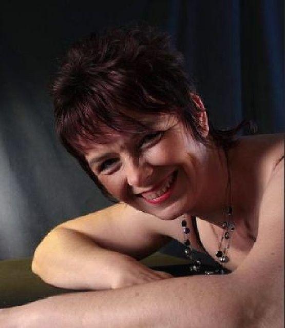 Anne42 - West-Schweiz: 42 jährige sucht Entspannung vom Alltag!