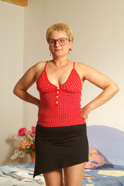 Rosemarie - Mauerblümchen sucht Sonnenstrahl!