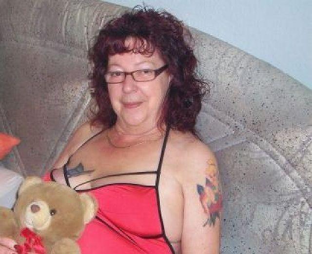 Emilie59 - Das Leben ist langweilig alleine!