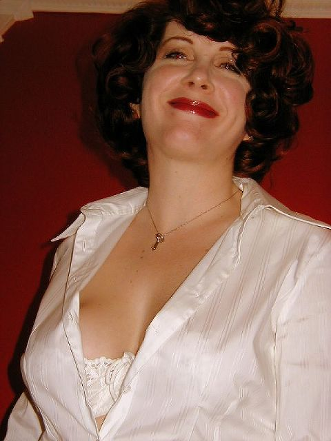 Fabienne - Frau mit Niveau und Stil!