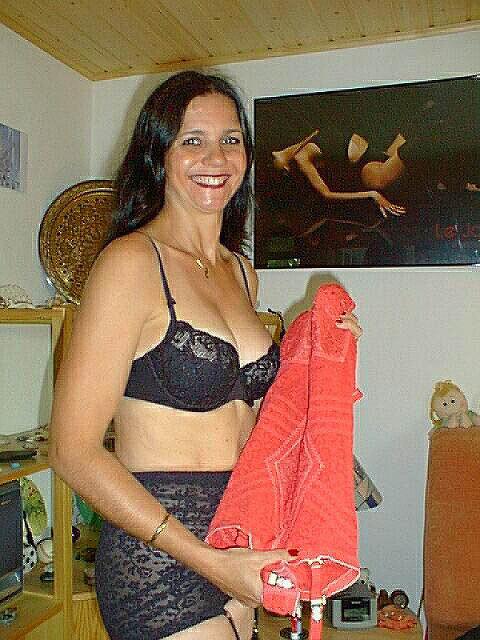Amina - Ich liebe Strapse, Lack und Leder!